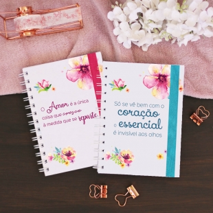 "Planner 2020 monthly view -  B6 size - ""flores"" cover (Portuguese version)"