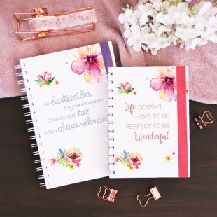 "Planner 2020 weekly view -  B6 or A5 size - ""flores"" cover (Portuguese version)"