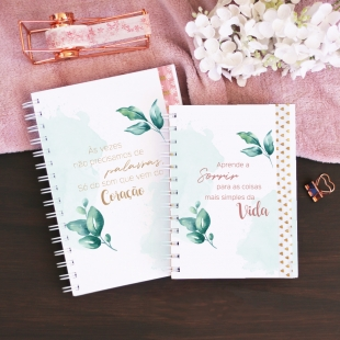 Undated weekly planner - Folhas