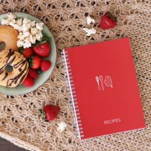 A5 Recipe Notebook - Kitchen Adventures Red (English version)