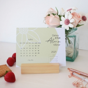 2021 Desk calendar - AURORA Colors